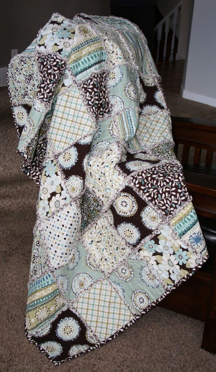 Cottage vibe cotton rag quilt
