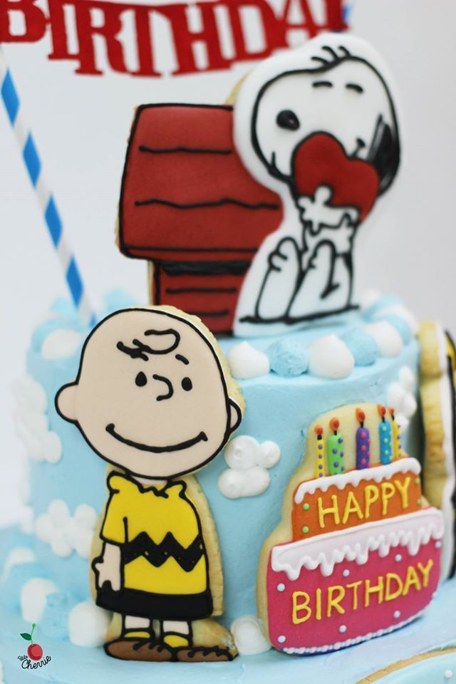 Peanuts SnoopyCharlie BrownWoodstock Birthday Cake with Icing