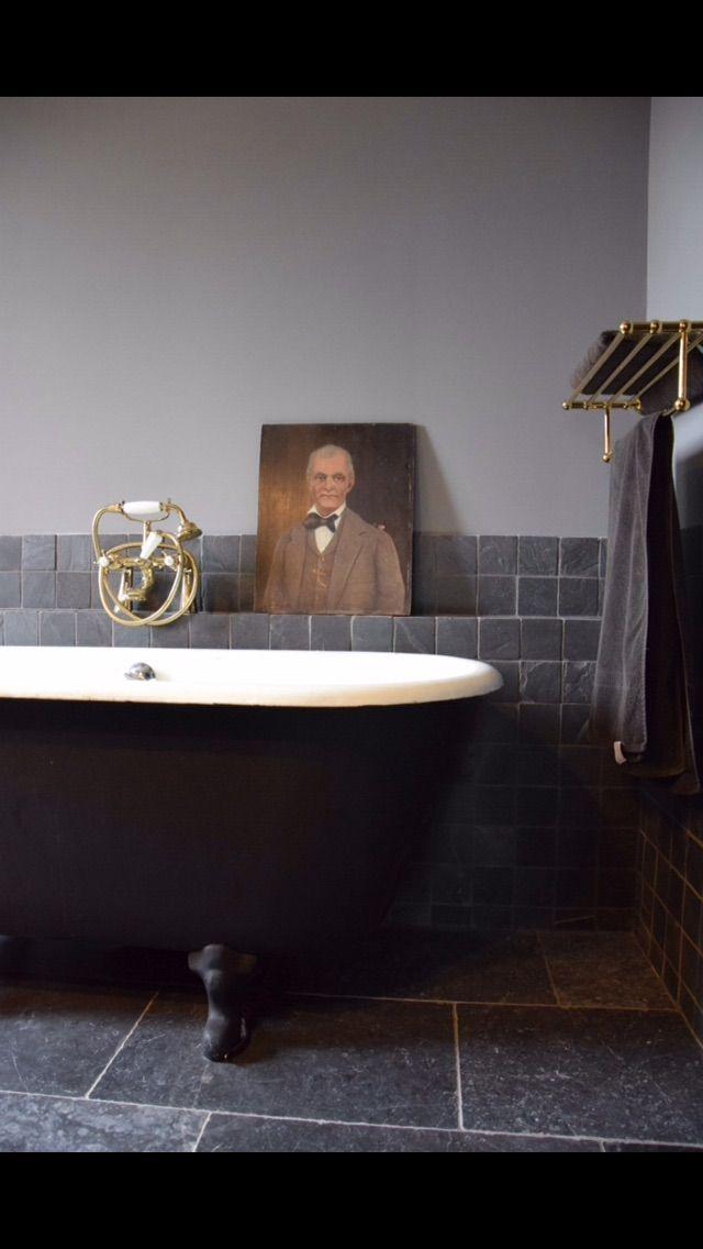 Salle De Bains Grise Et Noire Carrelage Ardoise Baignoire - Carrelage salle de bain et linie design tapis