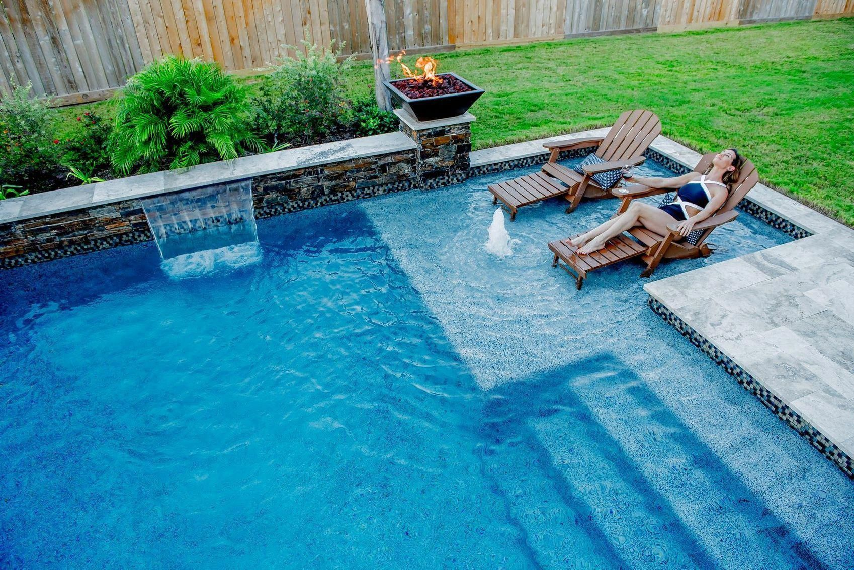 Pool W Tanning Ledge And Fire Pit In 2020 Backyard Pool Landscaping Pools Backyard Inground Inground Pool Designs