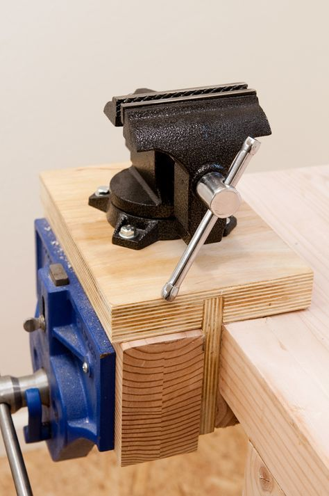 How To Install And Mount A Vise Without Drilling Holes In Your Workbench Workbench Woodworking Workbench Woodworking