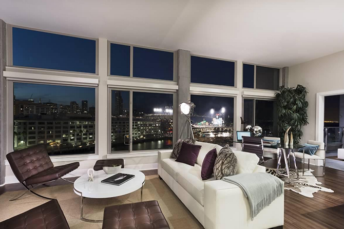 6 Of The Most Luxurious Homes For Rent In America Home Decor Renting A House Luxury Homes