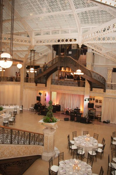 Chicago Wedding At The Rookery From Soiree Weddings Events Chicago Wedding Venues Chicago Wedding Luxury Wedding Venues