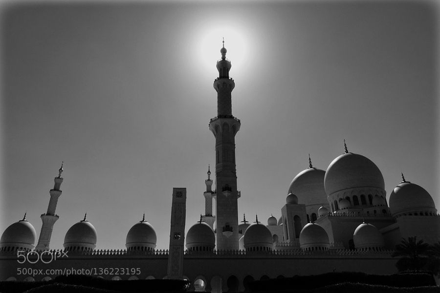Popular on 500px : Grand Mosque by anurag1527