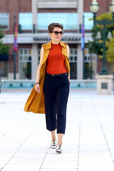 42ab9601defe how to style culottes without looking like a midget. Clever tips for the  petite woman how to wear culottes for work and play without looking short.