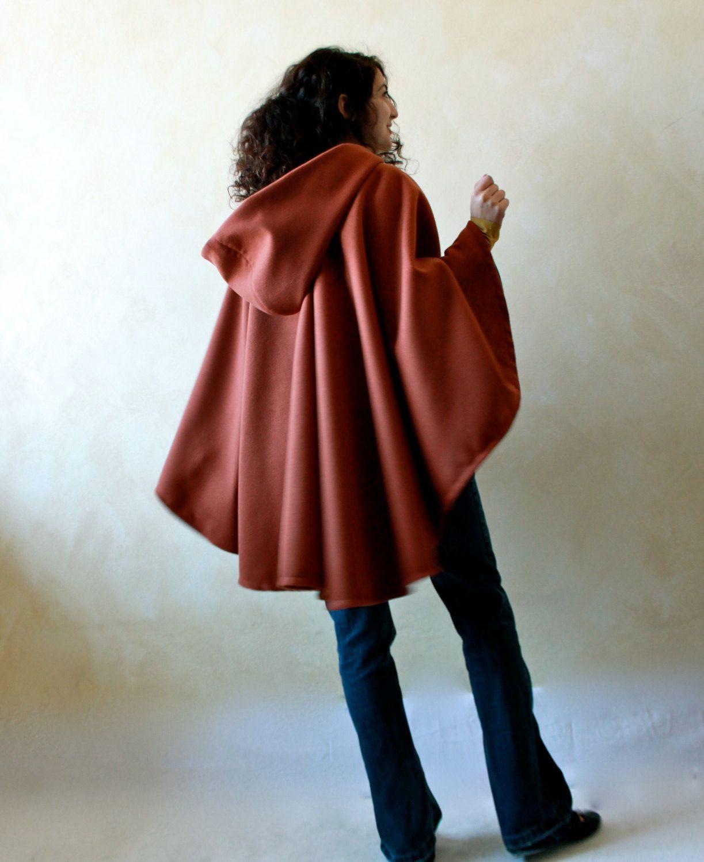 Hooded cape c02fd09d0