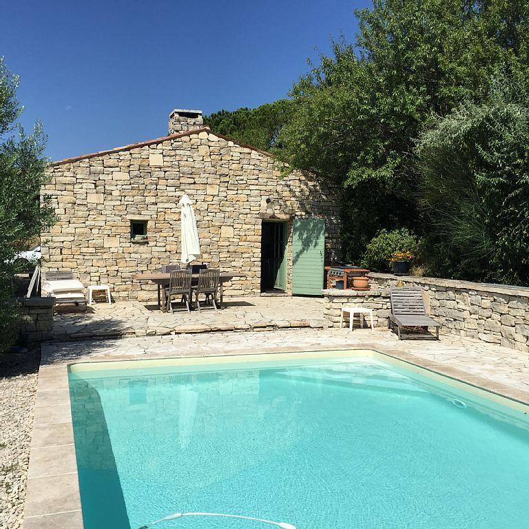 Location vacances mas La Bastidonne Façade Est avec piscine, entrée - location maison cap d agde avec piscine