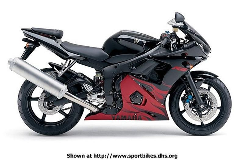 Yamaha R6 black with red flame 2003    Like the flames but