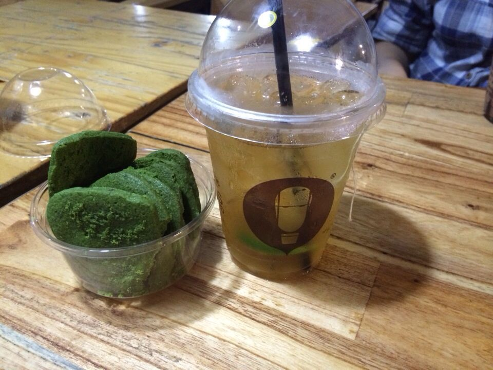 Photo of Greentea cookies and peppermint tea (my favorite) – Caztus