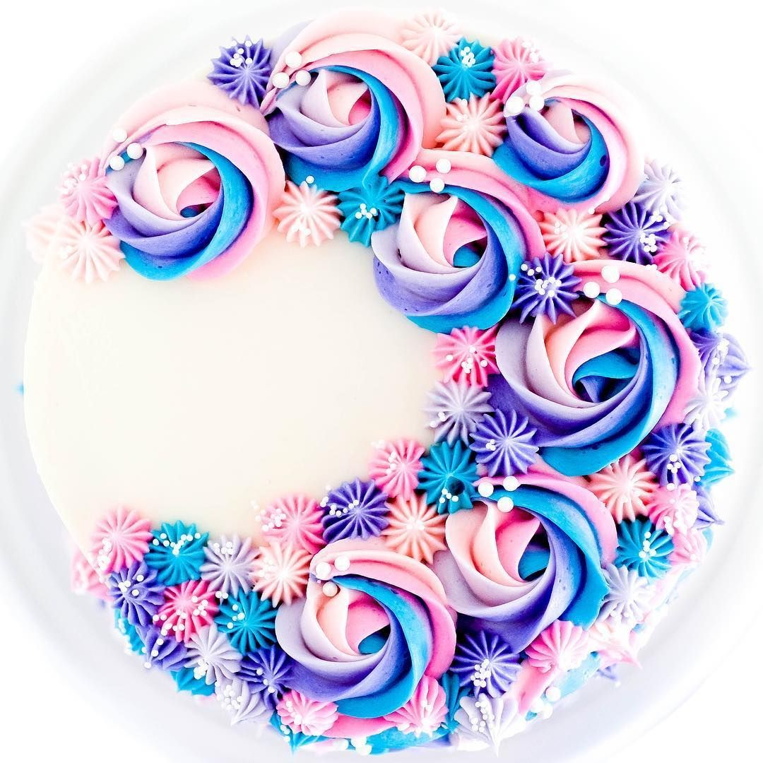 I Just Love The Way The Tops Of This Style Of Cake Turn Out They Remind Me Of A Crescent Shaped Moon Mooncake With Images Swirl Cake Cake Shapes 13 Birthday Cake