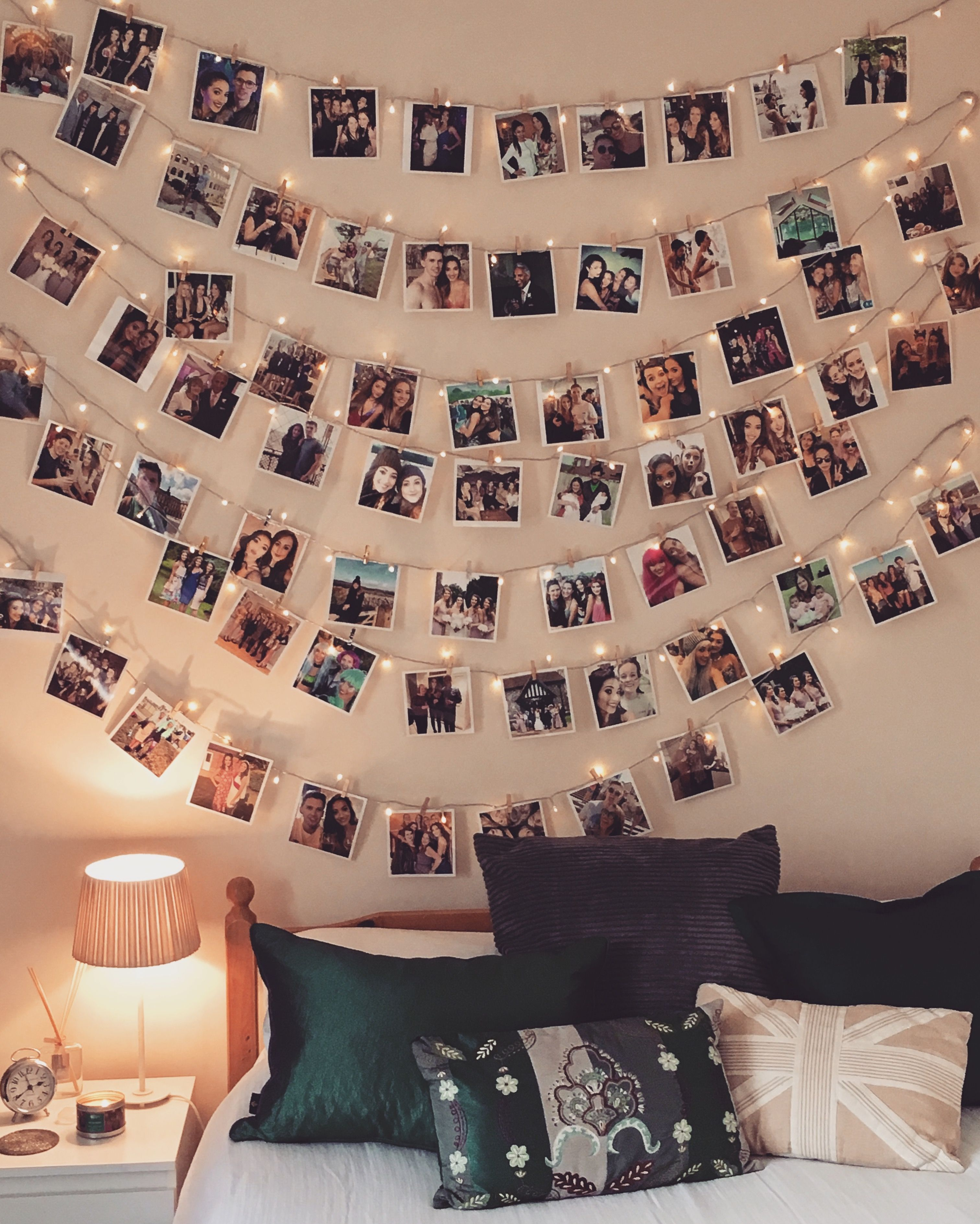 Photo display with fairy lights | Dorm room wall decor ... on Room Decor Paredes Aesthetic id=47375