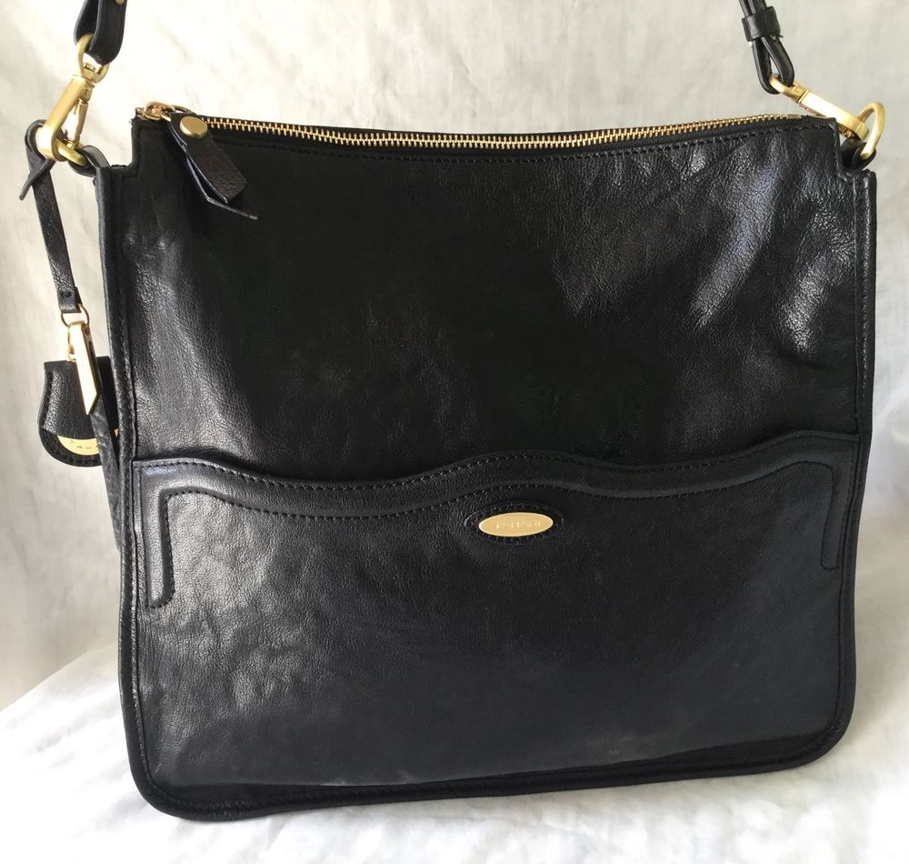 f5deba371f62 Superb TAHARI Large Messenger Bag Purse Black Leather Mint Condition L  K!  in Clothing