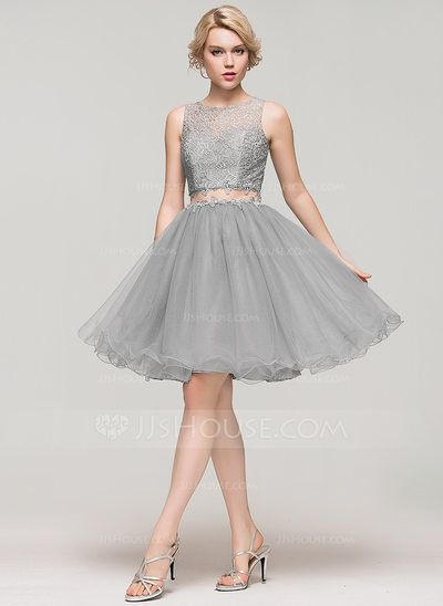 A-Line/Princess Scoop Neck Knee-Length Tulle Lace Homecoming Dress With Beading Sequins (022087593)