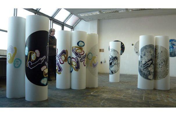 Zuzana Sabová: CL, linoryt, 150 x 150 cm, 2009, Ateliér voľnej grafiky
