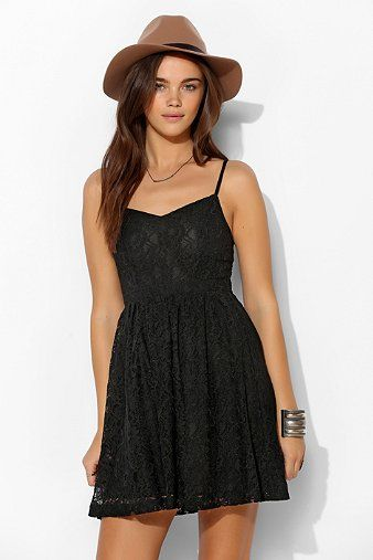 a328e4531ed Pins And Needles Delilah Lace Sundress - Urban Outfitters