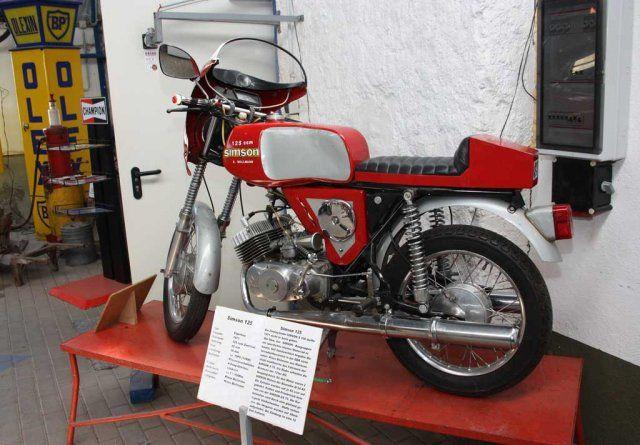 Simson 100 Prototyp  Fahrzeugmuseum Meerseburg.