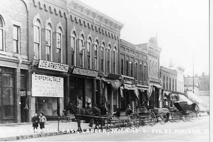Downtown Lapeer With Images Lapeer Michigan Photo Hometown