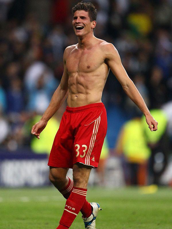 Die Schönsten Sixpacks Der Fußballer Gomez