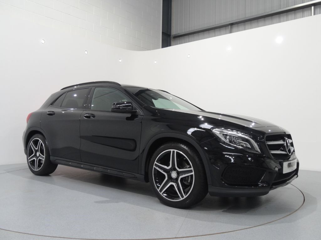 Mercedes Benz Gla 220cdi 4matic Amg Line Premium Plus Finished In