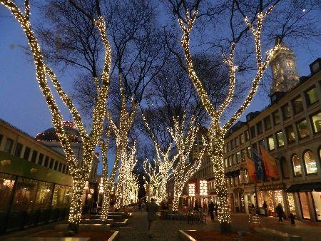 Faneuil Hall Marketplace Visitor Information Christmas In Boston Boston Travel Visiting Boston