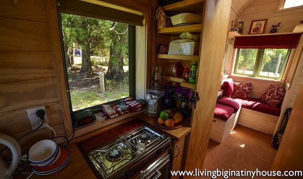 New Zealand Woman Lives Simply in 121 Sq. Ft. Tiny House | Tiny ...