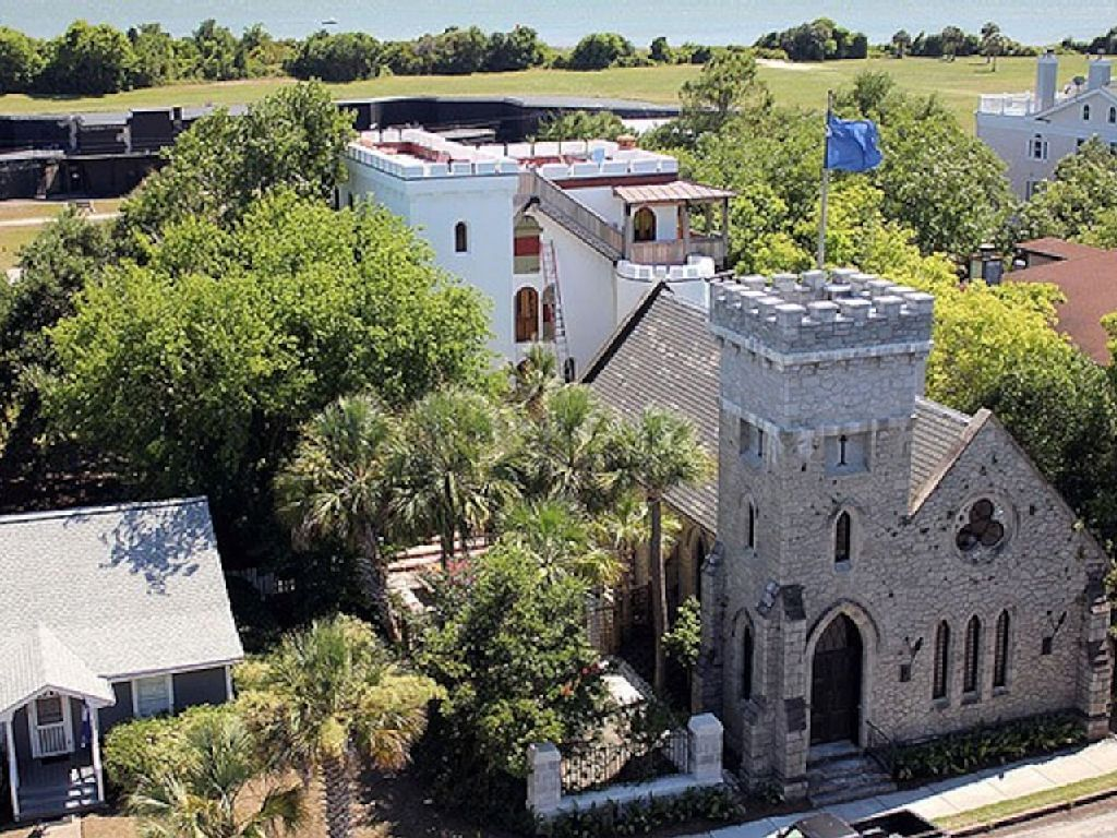 Castle vacation rental in sullivans island sc usa from