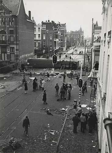 Kraken; Rellen in de Vondelstraat. 1980. Squatting; Riots in the Vondelstraat, Amsterdam 1980