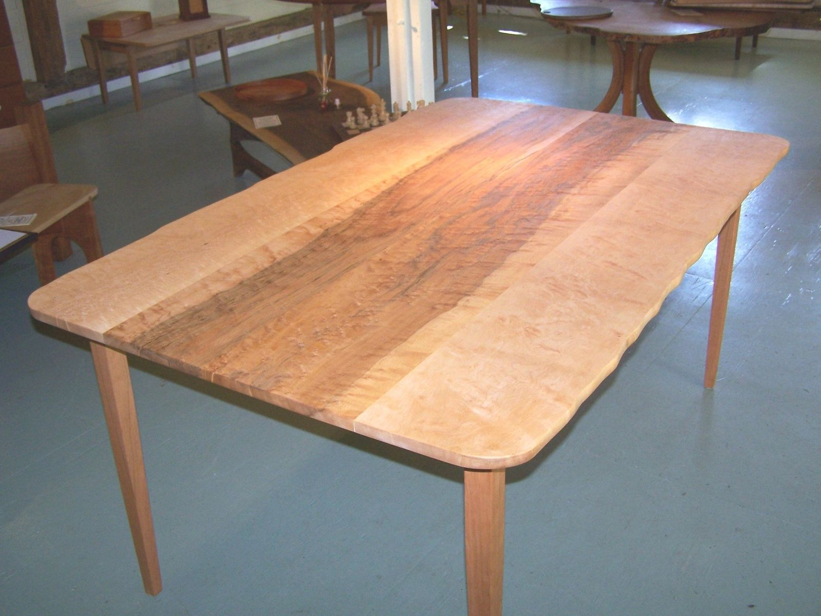 Live Edge Dining Table Inspiration For Your Dining Room  Live Endearing Maple Dining Room Table Review
