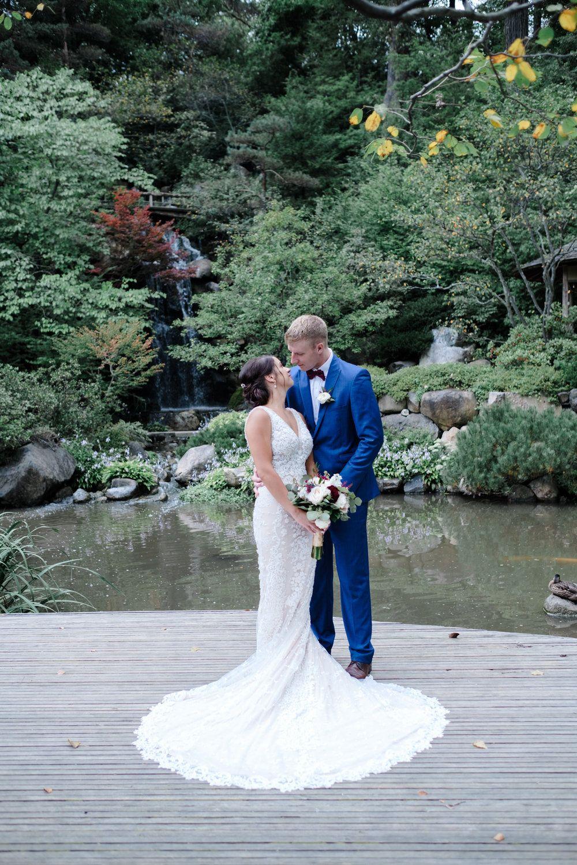 4365df5f9172cab381e3351bb7ccfb24 - Anderson Japanese Gardens Rockford Il Wedding