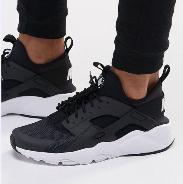 cf9c16844 Nike Air Huarache OG Triple Black White Women Girls 634835 006 ... |  sneakers | Zapatillas nike huarache, Zapatos zapatillas, Zapatos nike