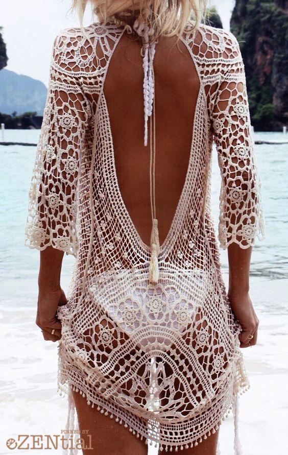Pour la plage par dessus un maillot de bain...ou avec une camisole!