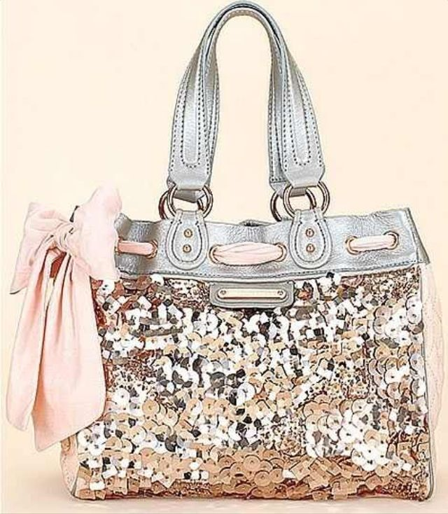 Silver glitter COACH purse. I don t care about name brands 4b310450c4932