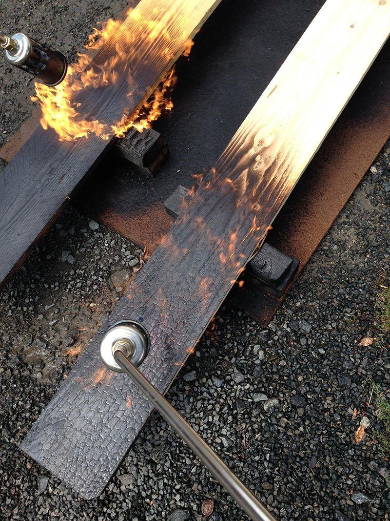 Woodworking Diy Projects By Ted La Technique Du Bois Br L Ou  # Banc En Bois Brule