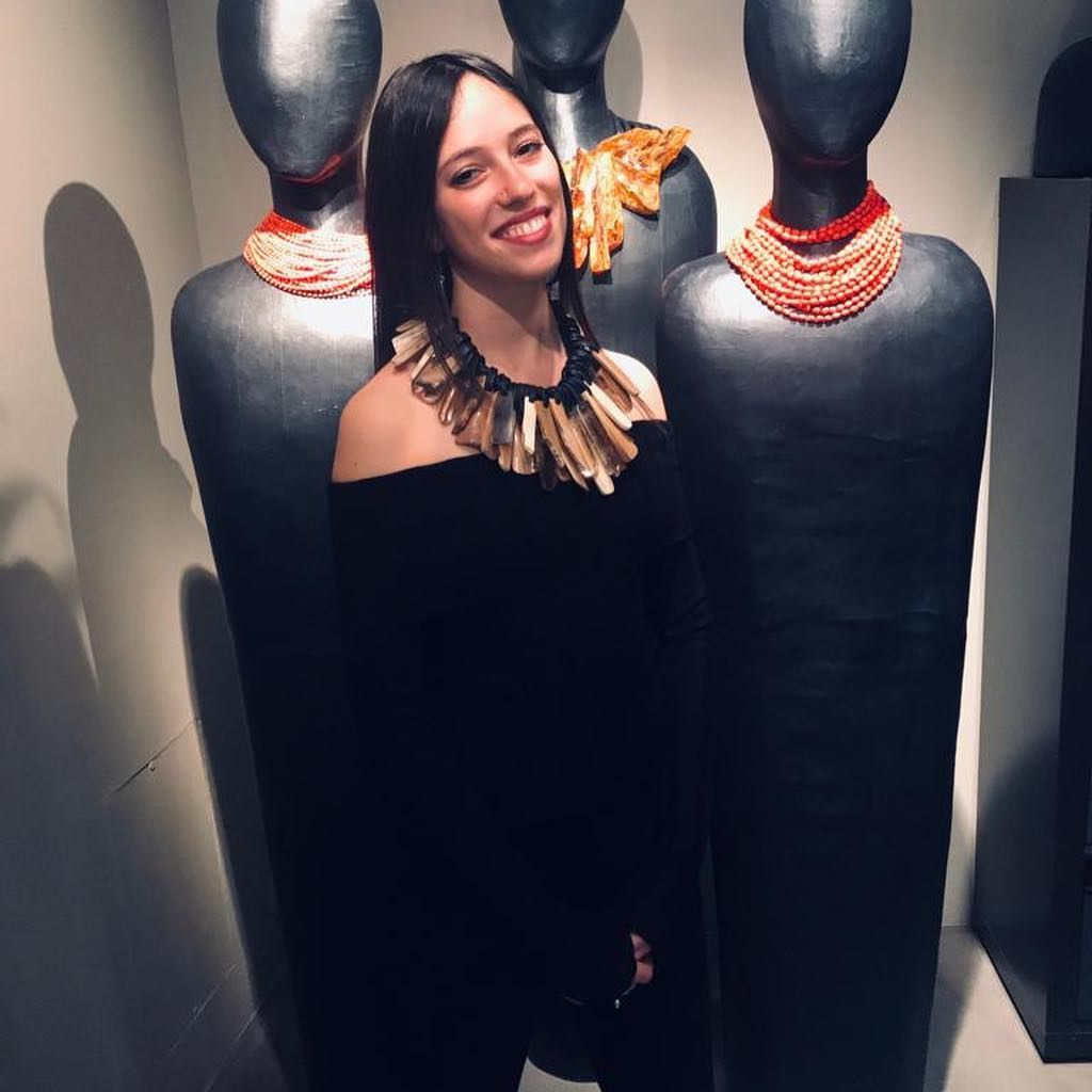 "† Alessandra Fabbri on Instagram: ""#monies #moniesmilano #milano #love #jewels #viacerva #taste #strong #caracter #power #fashion"""