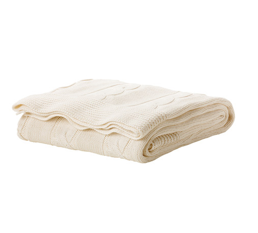 Does your Mom spend her downtime curled up on the couch reading books—or crushing Netflix series? Give her this chic vanilla knit cotton throw to cozy up to.