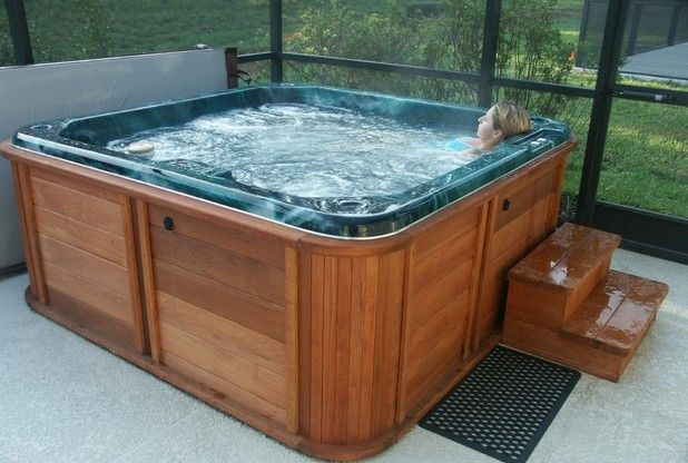 5 East Yorkshire homes with a hot tub which are on sale right now ...