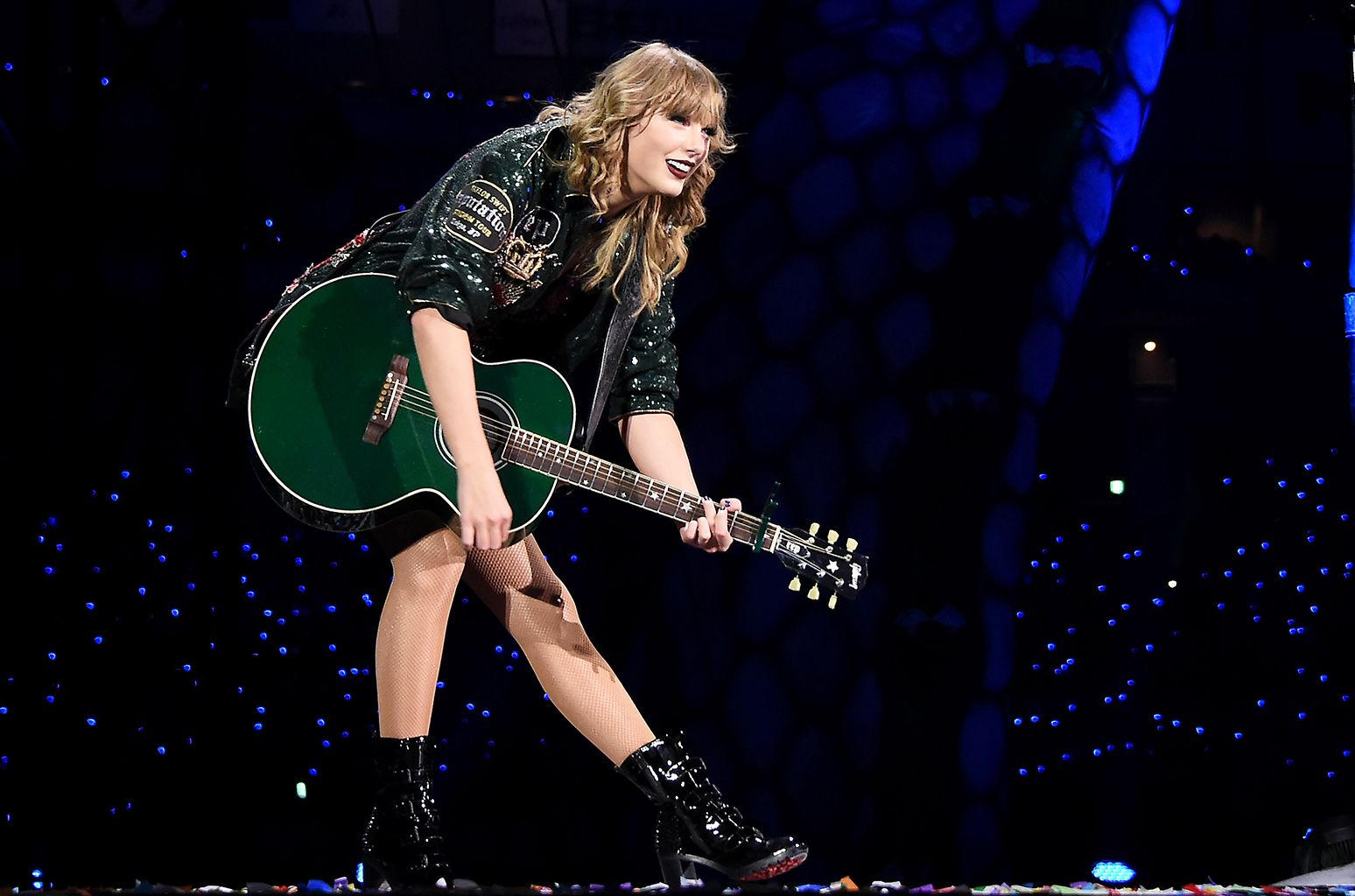 Taylor Swift's Reputation Stadium Tour Breaks Record for Highest ...