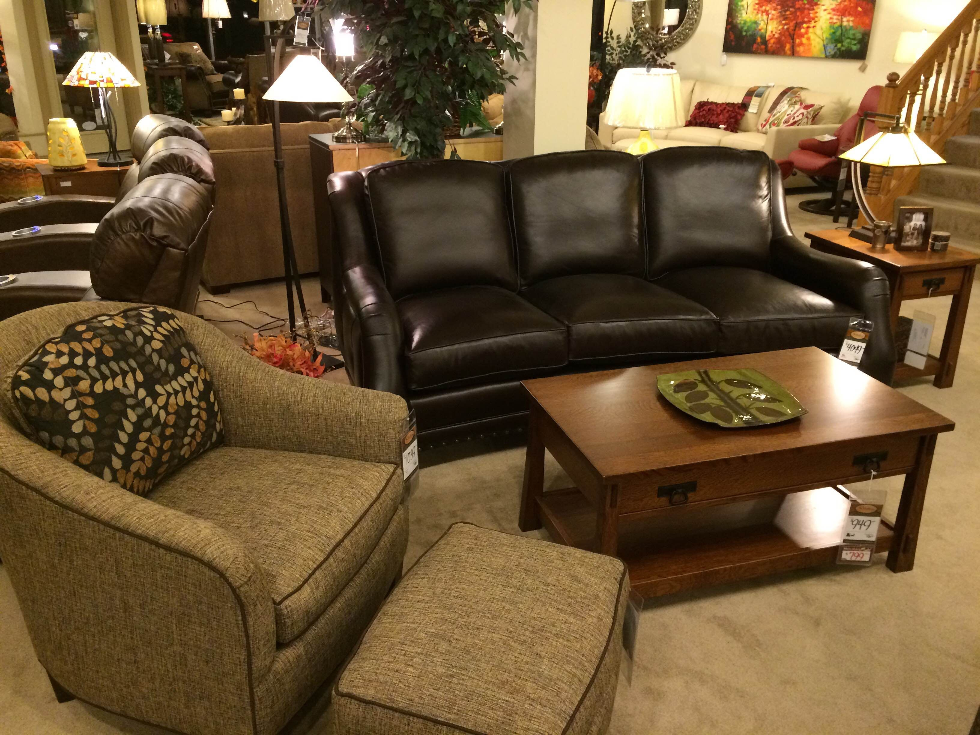 Smith Brothers Leather Sofa hmmi