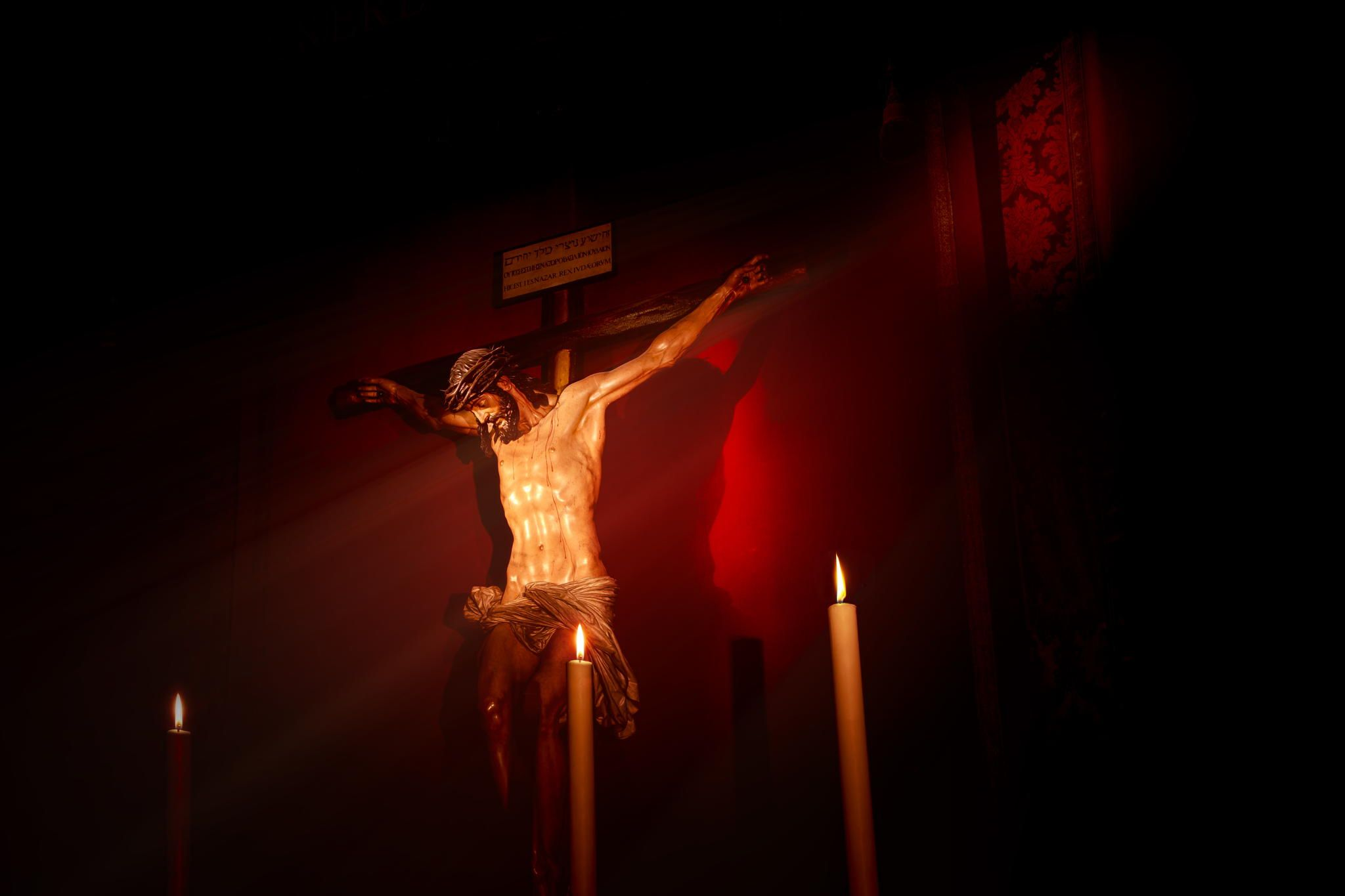 Photograph Red Christ by Luis Dias on 500px