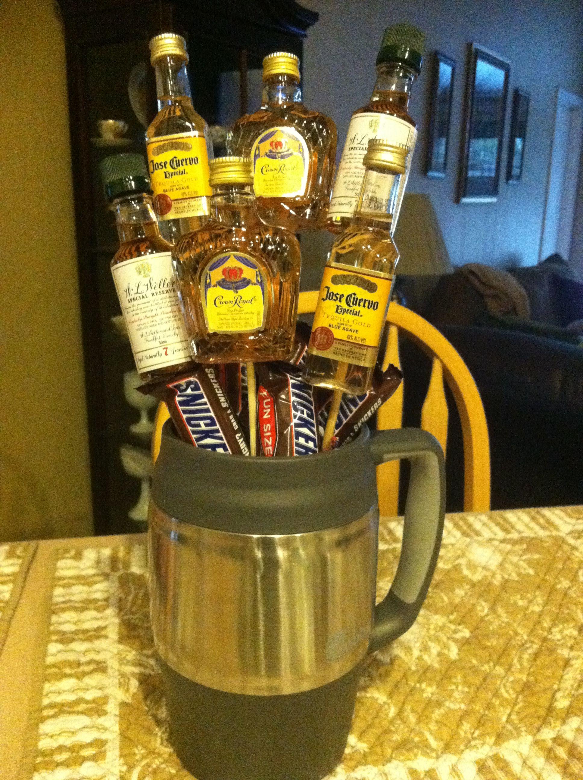 gift idea! mini liquor bottles! super easy! | crafts i'd like to try