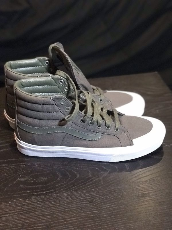 big sale b12ae 3e3eb New - Vans Sk8 Hi Canvas Grape Leaf - Men s 10.5 for Sale in Philadelphia,  PA - OfferUp