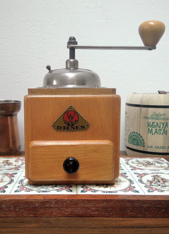 Vintage Dutch Peter Dienes PeDe Black /& White Manual Wall Coffee Mill Grinder Dutch Kitchen Collectible 1930s