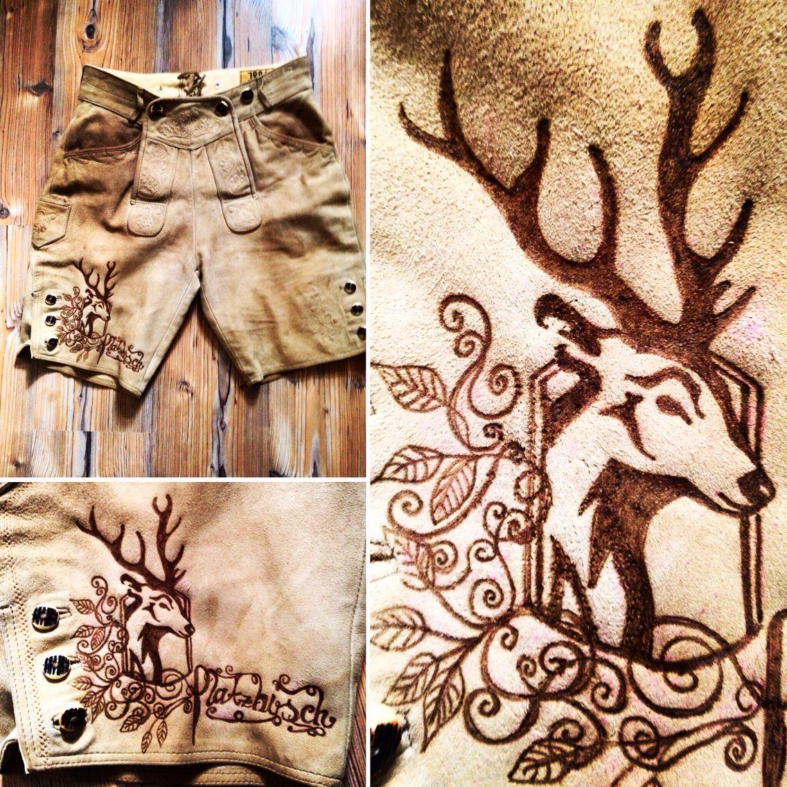 Wer sein Revier markieren will, der bekommt das Richtige bei www.maindirndl.com ! #lederhose #lederhosn #leder #leather #branding #design #maindirndl #trachten #tradition #bayern #bavaria #wiesn #wiesn2015 #handmade #art #leatherart #hirsch #deer #potd #ootd #oktoberfest #platzhirsch