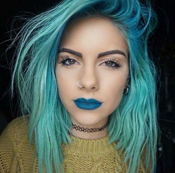 The Best Alternative Makeup Looks To Try Light Blue Hair Mint Hair Blue Hair