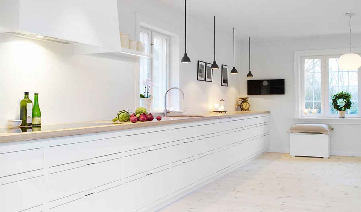 Check Out 9 Contemporary White Kitchens Ideas. Bright, cheery and ...