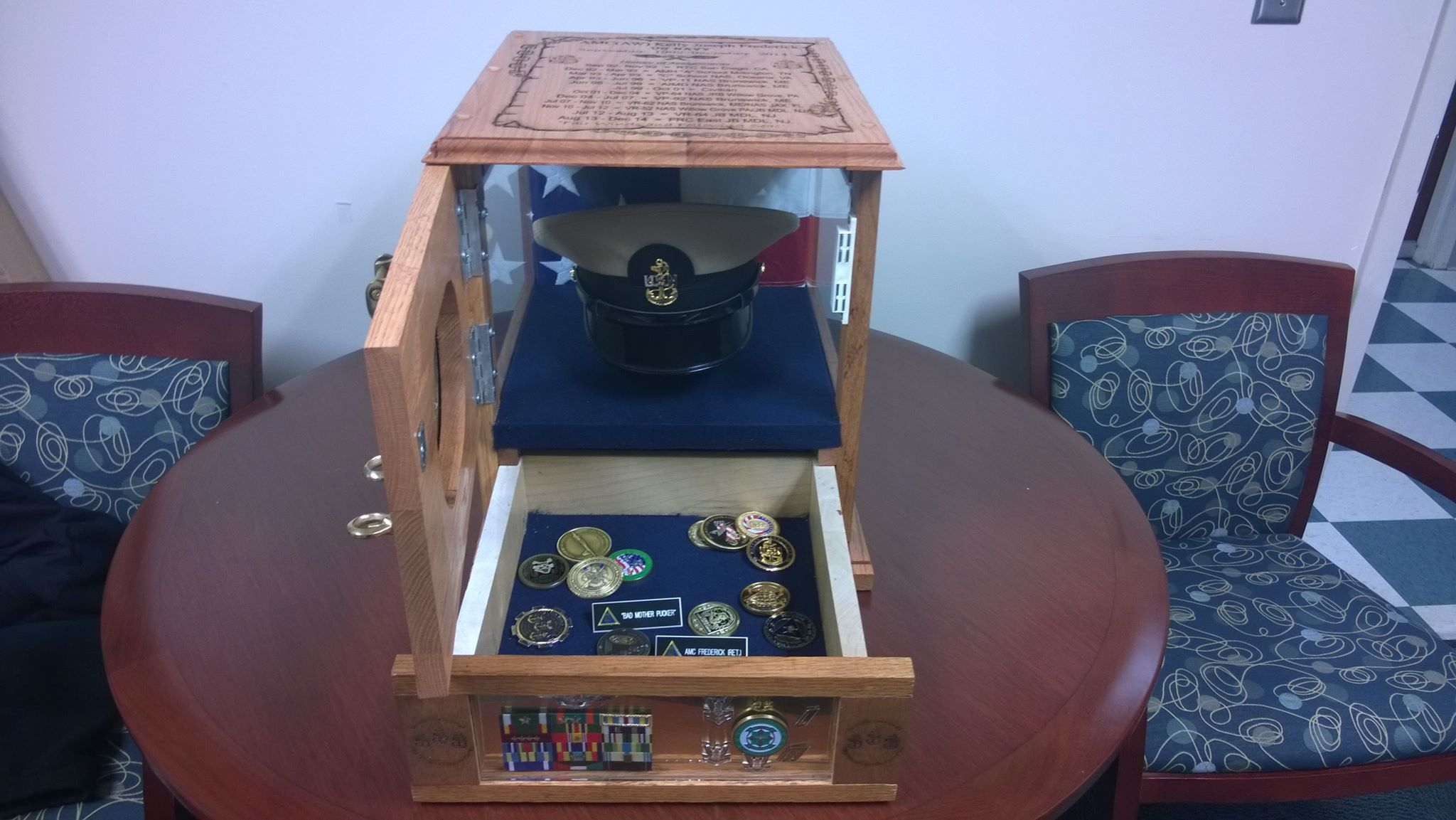usn chief shadow hat box with inside view project pinterest hat boxes box and shadow box. Black Bedroom Furniture Sets. Home Design Ideas