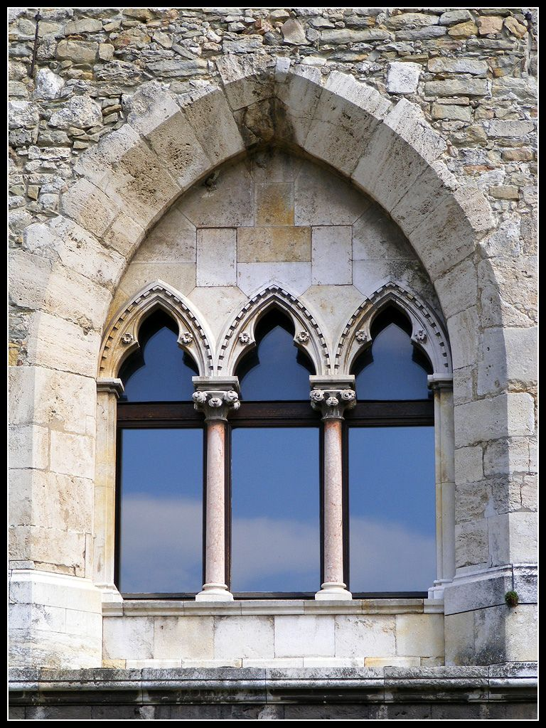 castle windows - Google Search | castles | Pinterest | Places ...