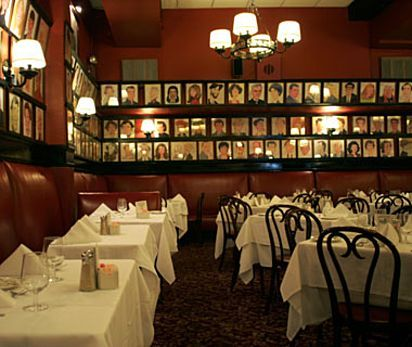 Sardi S Restaurant Theatre District New York City