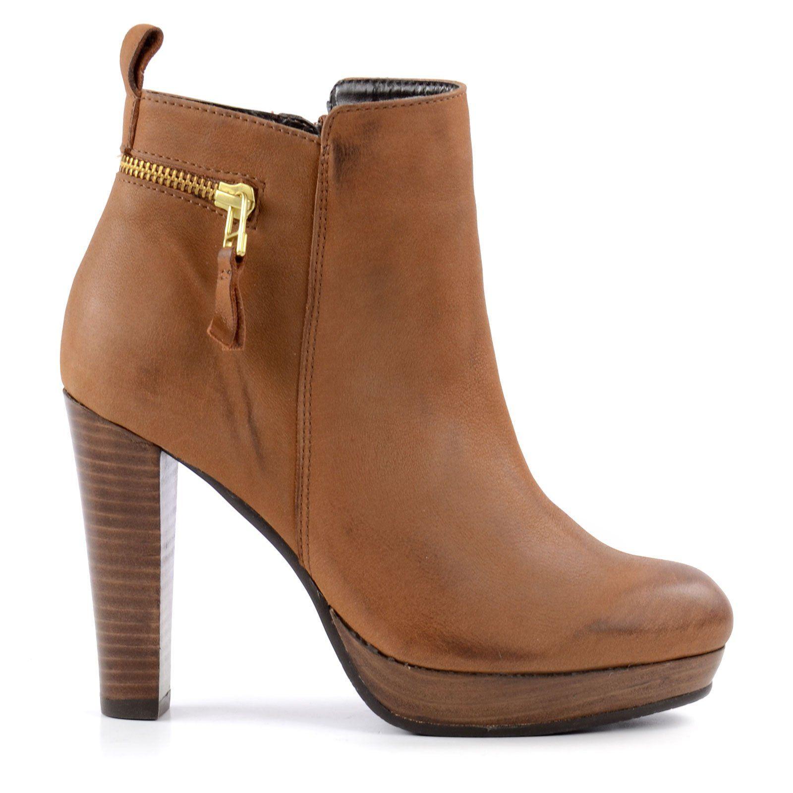 SACHA Hohe Stiefeletten braun | shoes | Schuhe, Schuh