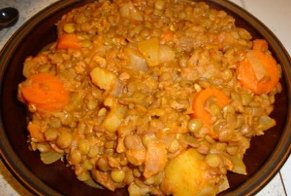 Traditional spanish lentils vegweb the worlds largest traditional spanish lentils vegweb the worlds largest collection of vegetarian recipes forumfinder Images